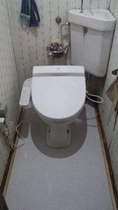 トイレの床の張替え完了