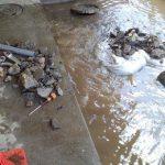 給水管が破損